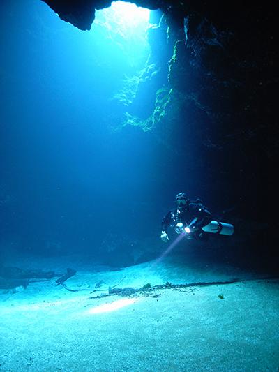 cave_cavern_image1