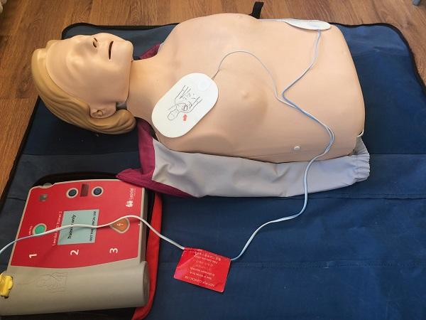 Första hjälpen & hjärt- och lungräddning